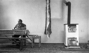 Fotograma de Satántangó, filme de Bela Tarr.